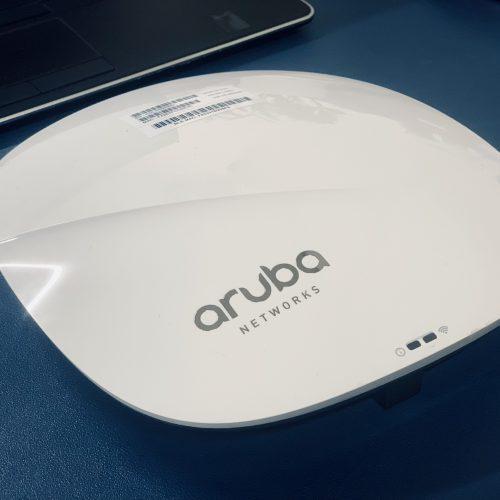 Bộ phát wifi HPE Aruba IAP-325 (RW) Instant 4×4:4 11ac AP (JW325A)