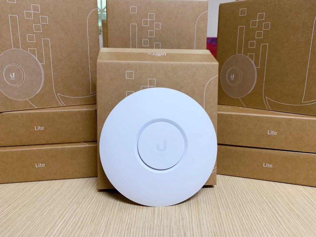 hình ảnh sản phẩm Bộ phát wifi UniFi U6 Lite (U6-Lite)
